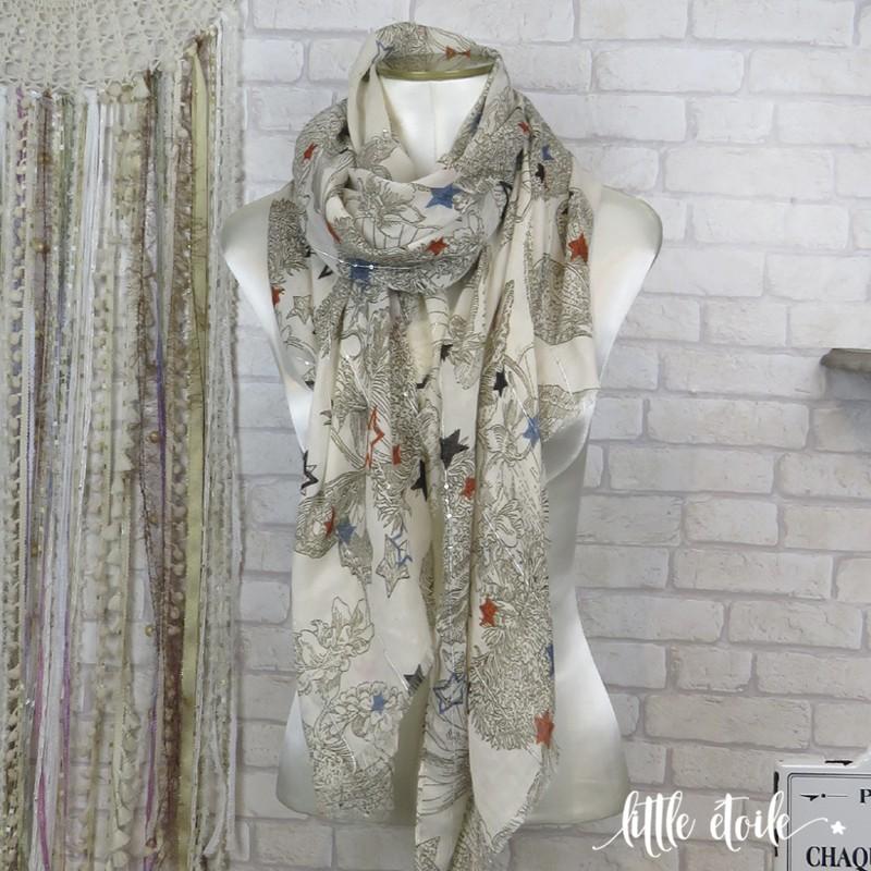 Grand foulard imprimé Papillons et Etoiles, avec détails argentés en sequins 1dd9165676f